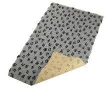 Hundekuscheldecke Antirutsch Soft 30 grau mit schwarzen Pfoten